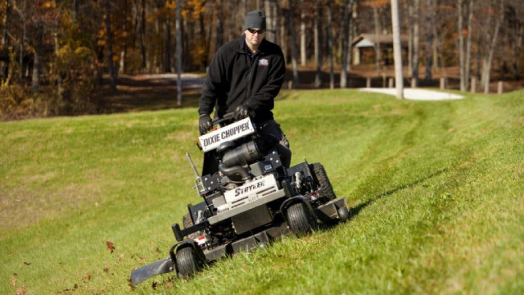 Best Riding Lawn Mower For Hills 2018 Reviews And Guide